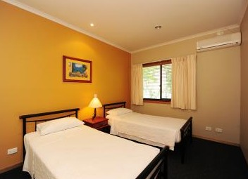 Portside Executive Apartments - Accommodation Coffs Harbour