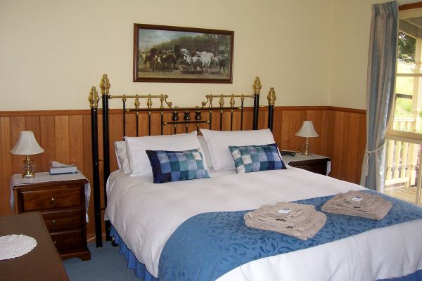 Sunflower Cottage - Accommodation Coffs Harbour