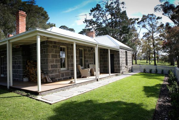 Barunah Plains Station - Cool Cottage