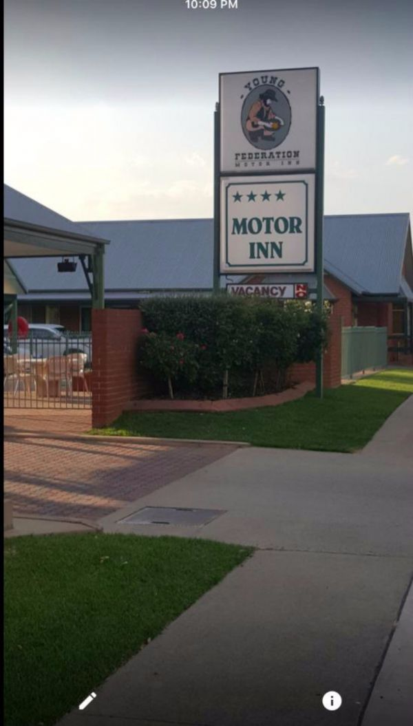 Federation Motor Inn Young - Accommodation Coffs Harbour