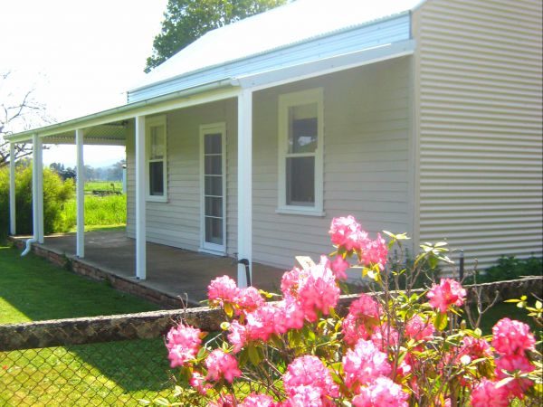Orange Tree Cottage - Accommodation Coffs Harbour