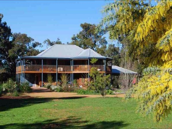 Riverwood Retreat - Accommodation Coffs Harbour