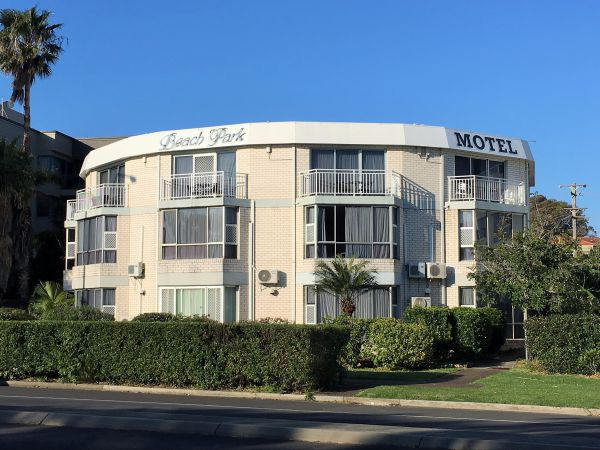 Beach Park Motel - Accommodation Coffs Harbour