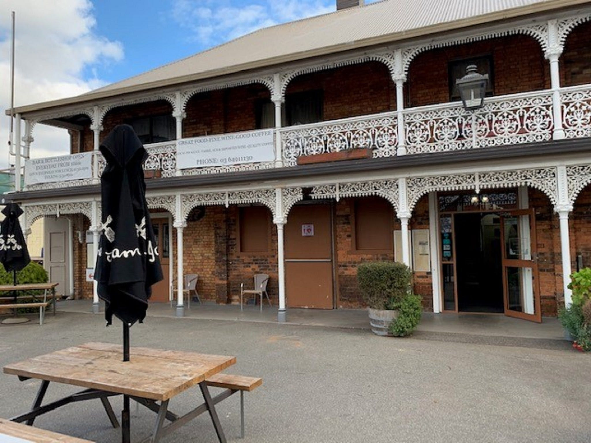 The Sheffield Hotel Tasmania - Accommodation Coffs Harbour