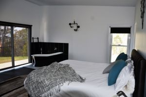 Hickory Moon - Accommodation Coffs Harbour