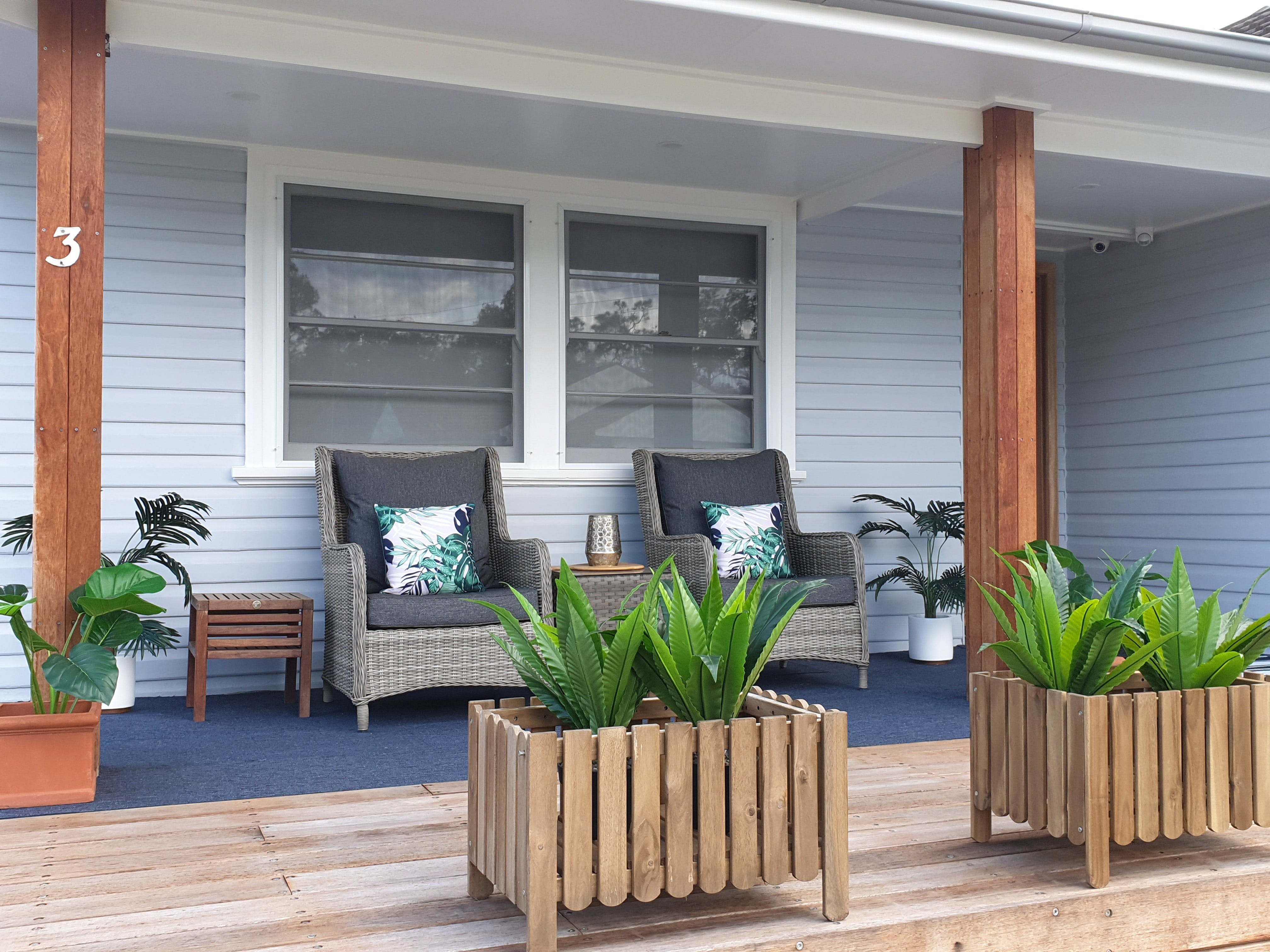 Long Jetty Lake House - Accommodation Coffs Harbour