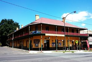 Royal Mail Hotel Braidwood - Accommodation Coffs Harbour