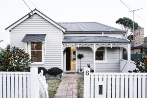 The Fox House Kyneton - Accommodation Coffs Harbour