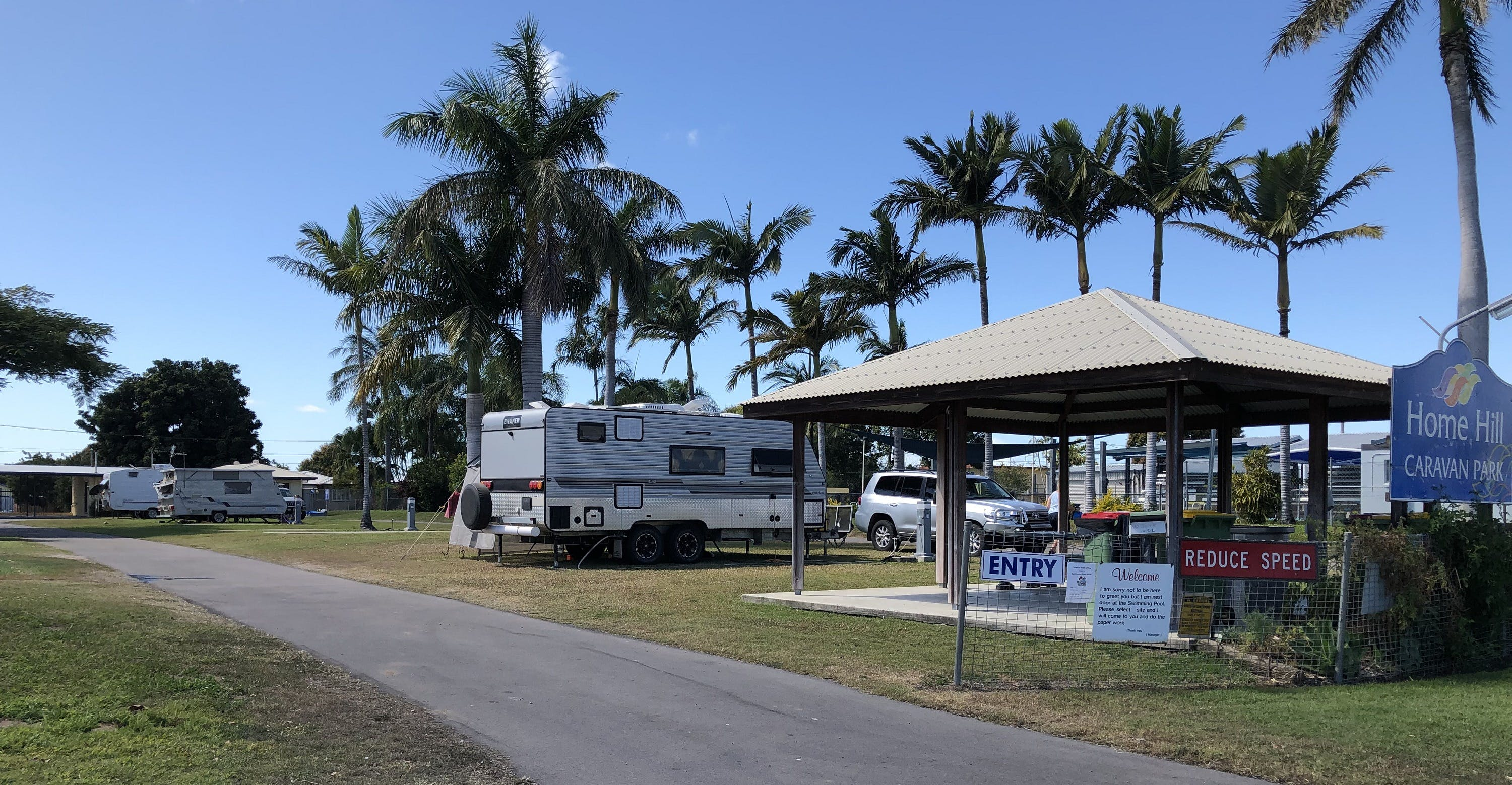 Home Hill Caravan Park - Accommodation Coffs Harbour