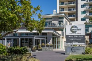 Proximity Waterfront Apartments - Accommodation Coffs Harbour