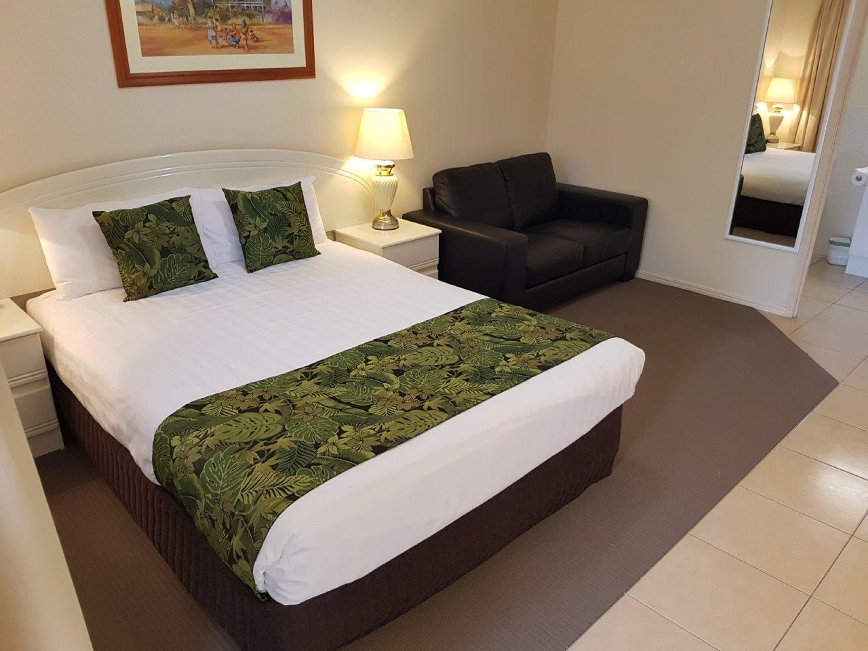 The Palms Motel Chinchilla - Accommodation Coffs Harbour