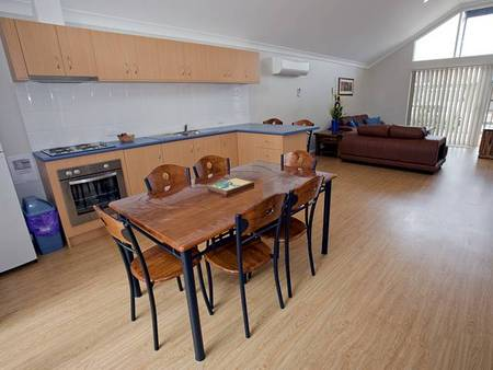 Albany Bayside Ocean Villas - Accommodation Coffs Harbour