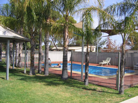 Merredin Caravan Park  Av-A-Rest Village - Accommodation Coffs Harbour