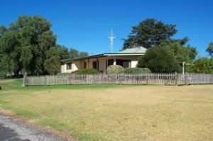 Monteve Cottage - Accommodation Coffs Harbour