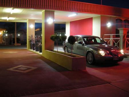 Desert Sand Motor Inn - Accommodation Coffs Harbour