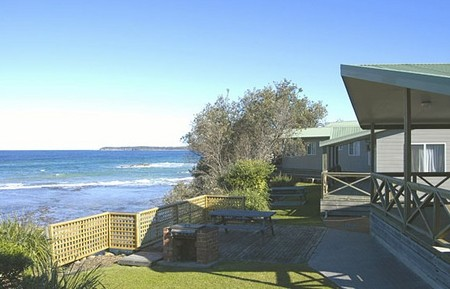 Berrara Beach Holiday Chalets - Accommodation Coffs Harbour