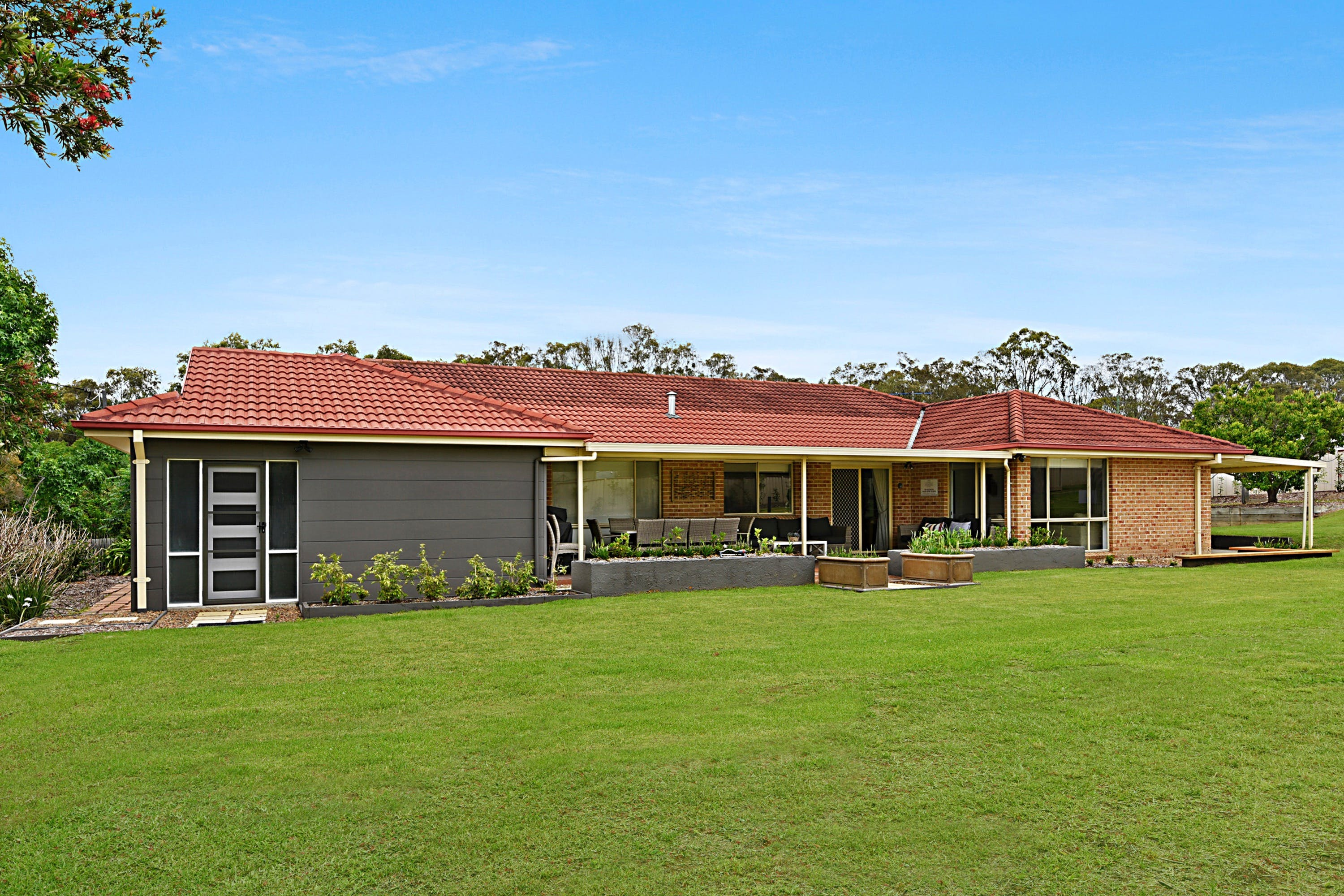 Nulkaba House - Accommodation Coffs Harbour