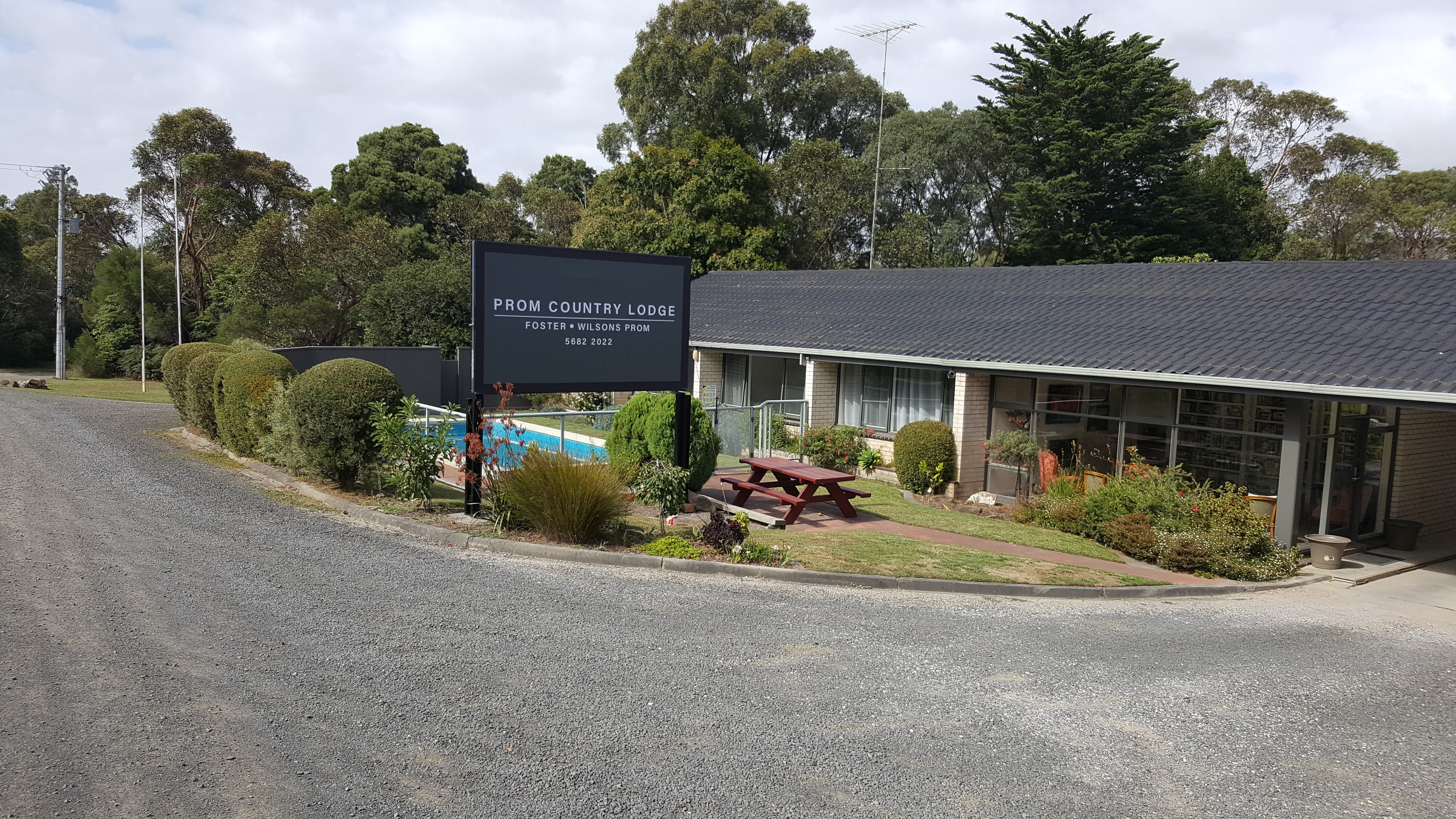 Prom Country Lodge - Accommodation Coffs Harbour