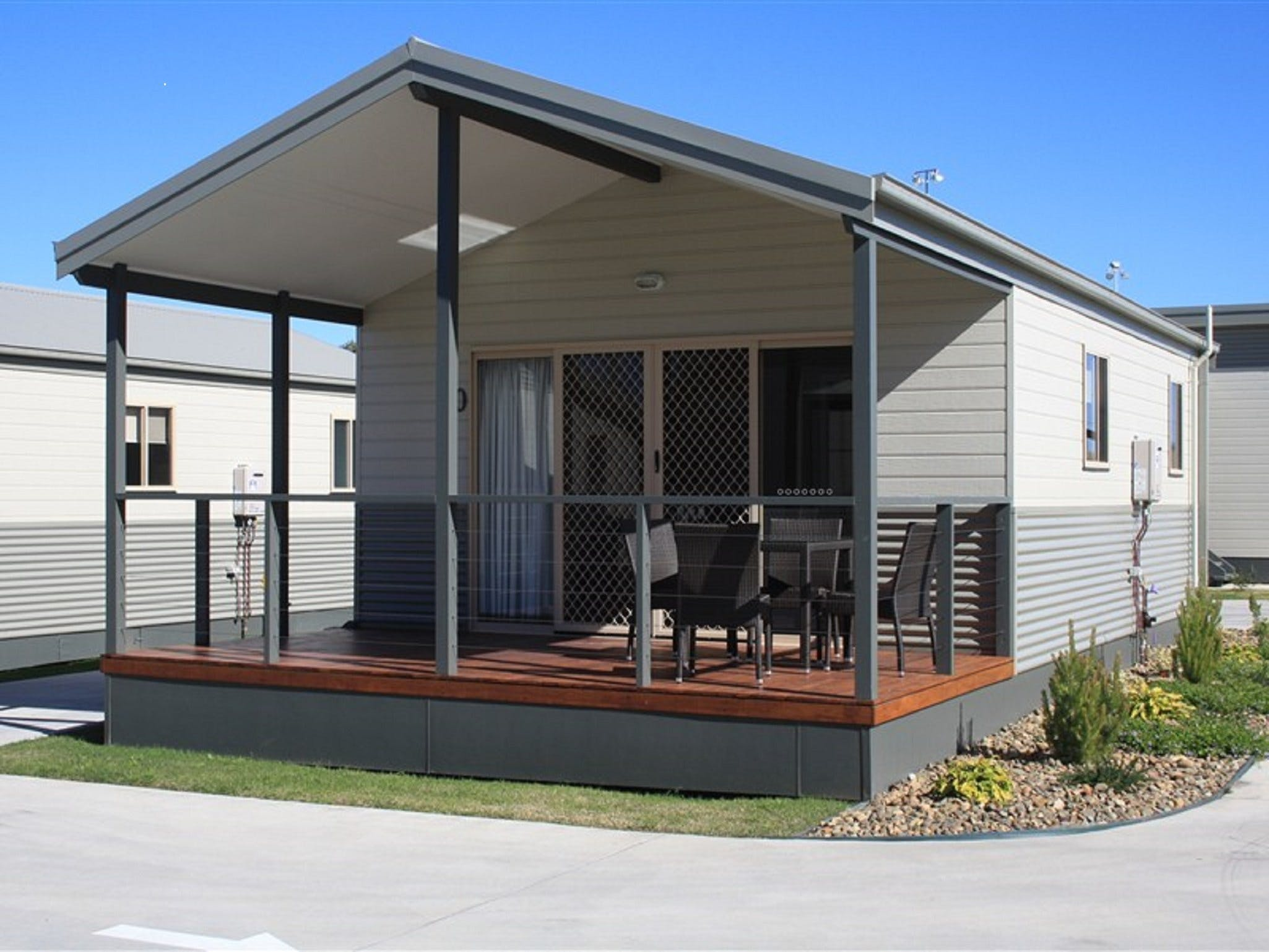 Bowlo Holiday Cabins - Accommodation Coffs Harbour