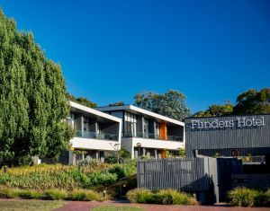 Flinders Hotel - Accommodation Coffs Harbour
