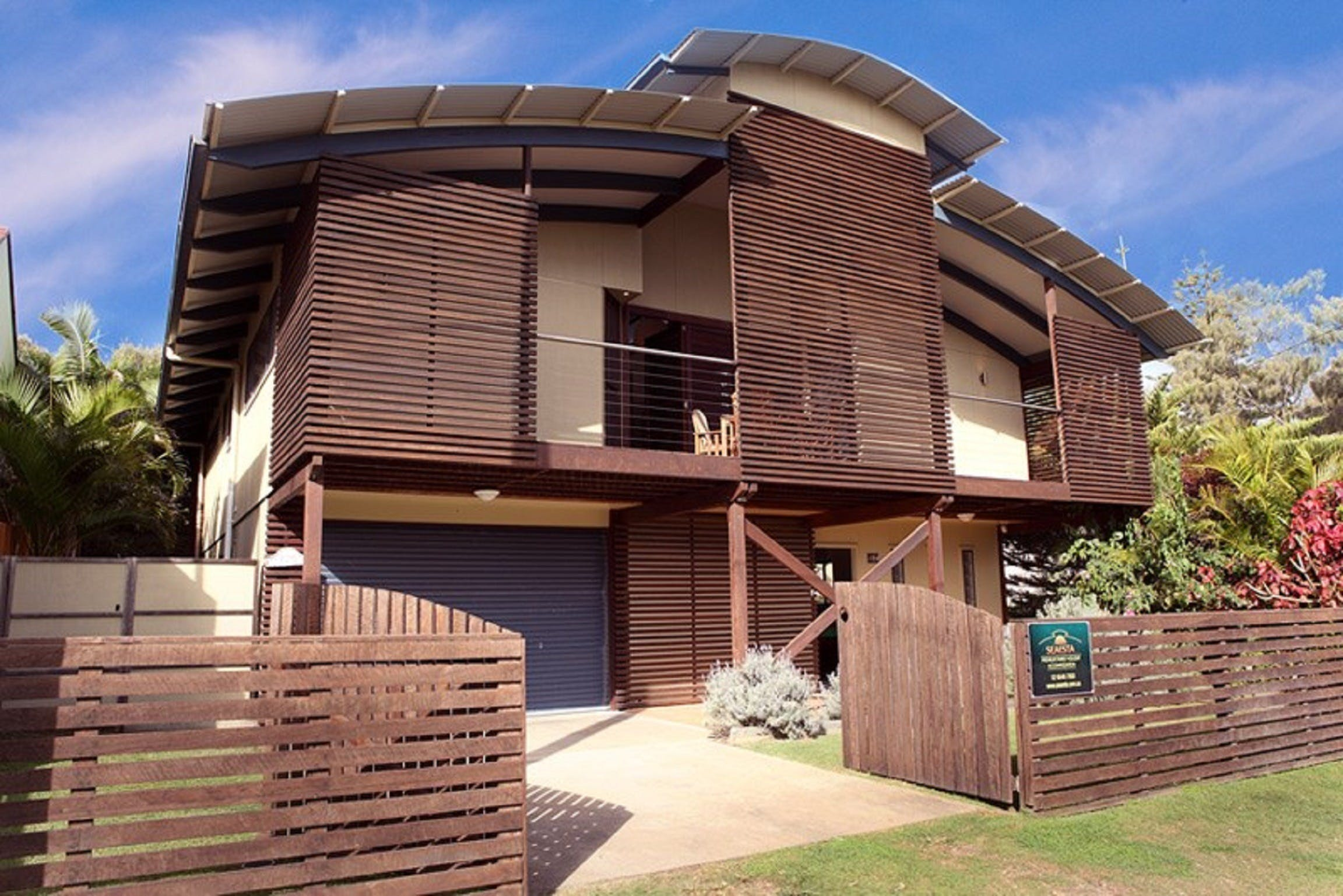Seaesta Holiday Home - Accommodation Coffs Harbour