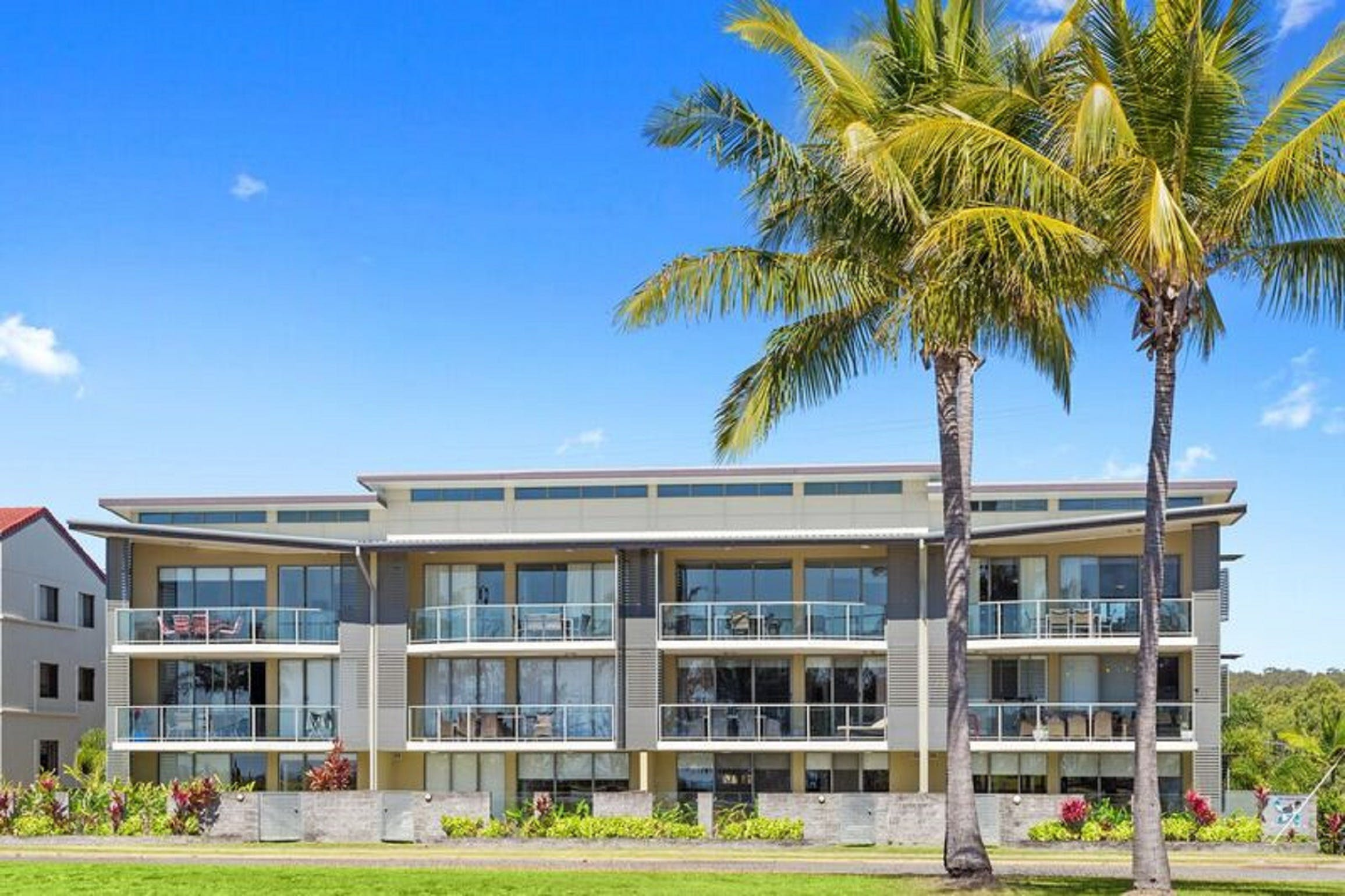 Beaches On Lammermoor Apartments - Accommodation Coffs Harbour