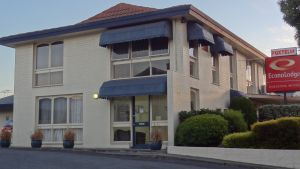 Econo Lodge Hacienda Motel - Accommodation Coffs Harbour