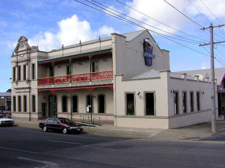 Mitchell River Tavern - Accommodation Coffs Harbour