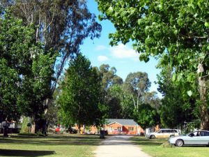 Cohuna Waterfront Holiday Park - Accommodation Coffs Harbour