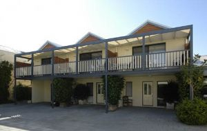 Freo Mews Executive Apartments - Accommodation Coffs Harbour