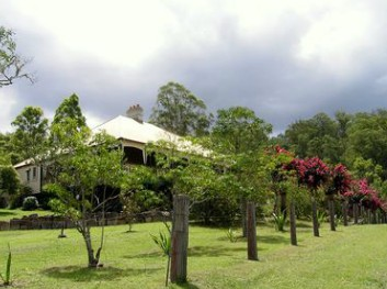 Guesthouse Mulla Villa - Accommodation Coffs Harbour