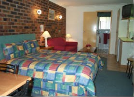 Esk Wivenhoe Motor Inn - Accommodation Coffs Harbour