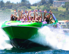 Downunder Jet - Accommodation Coffs Harbour