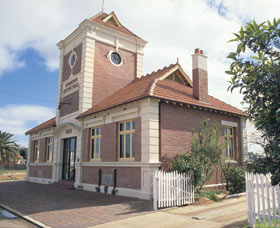 Merredin Town Hall - Accommodation Coffs Harbour