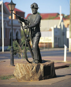 Miners Monument - Accommodation Coffs Harbour