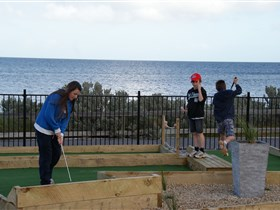 Port Vincent Putt Putt - Accommodation Coffs Harbour