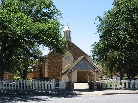St George Church and Cemetery Tours - Accommodation Coffs Harbour
