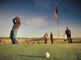 Ratho Farm  Golf - Accommodation Coffs Harbour