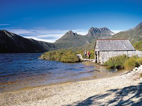 Dove Lake Circuit - Accommodation Coffs Harbour
