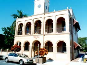 Mackay Town Hall - Accommodation Coffs Harbour