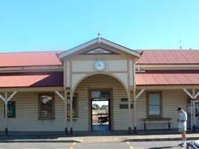 Maryborough Railway Station - Accommodation Coffs Harbour