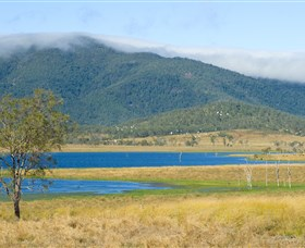 Lake Elphinstone - Accommodation Coffs Harbour