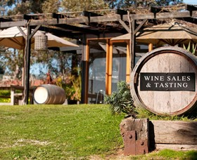 Saint Regis Winery Food  Wine Bar - Accommodation Coffs Harbour