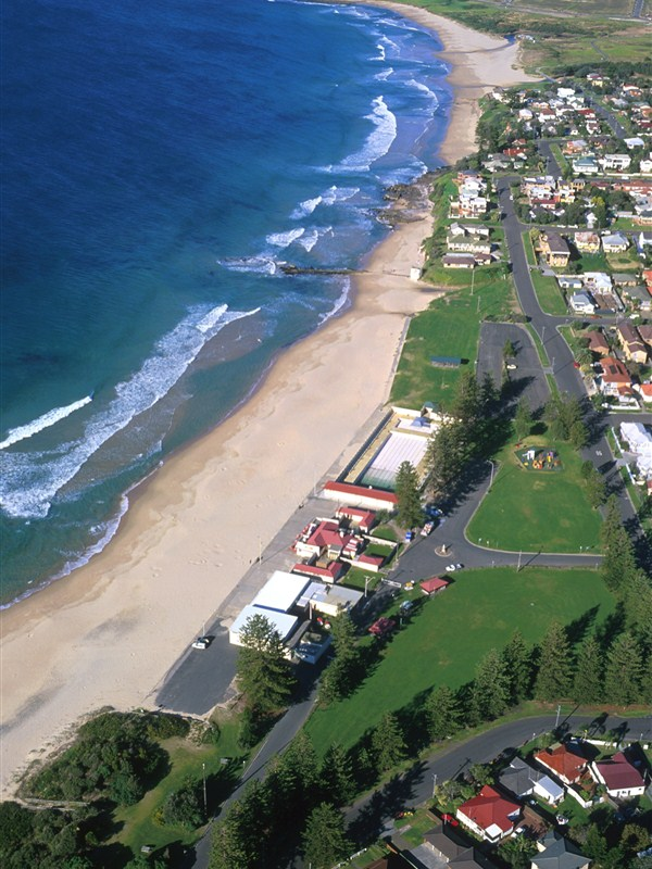 Thirroul Beach - Accommodation Coffs Harbour