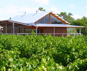 Yarran Wines - Accommodation Coffs Harbour