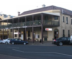 The Family Hotel - Accommodation Coffs Harbour