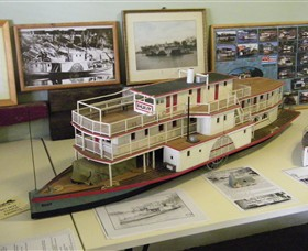 Wentworth Model Paddlesteamer Display - Accommodation Coffs Harbour