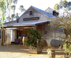 The Old School Winery and Pottery - Accommodation Coffs Harbour