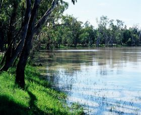 Yarrie Lake - Accommodation Coffs Harbour
