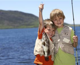 Fishing on Keswick Island - Accommodation Coffs Harbour